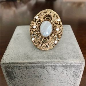 Gold and Pearl Style Ring